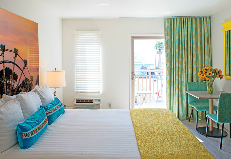 King Room with View of Boardwalk and Ocean